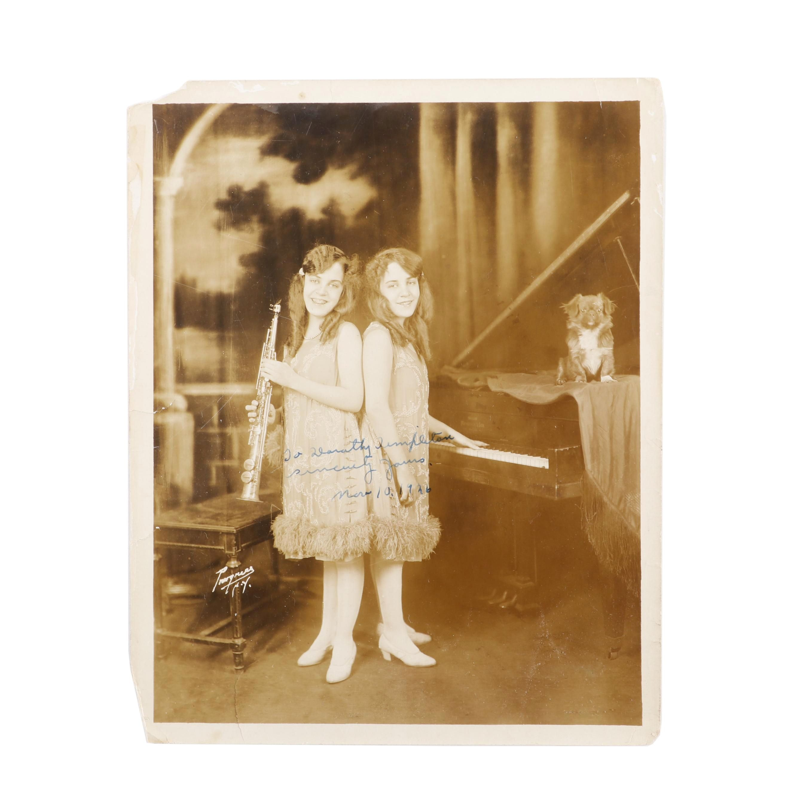 Daisy and Violet Hilton Conjoined Twin Vaudeville Musicians Signed Photo, 1926