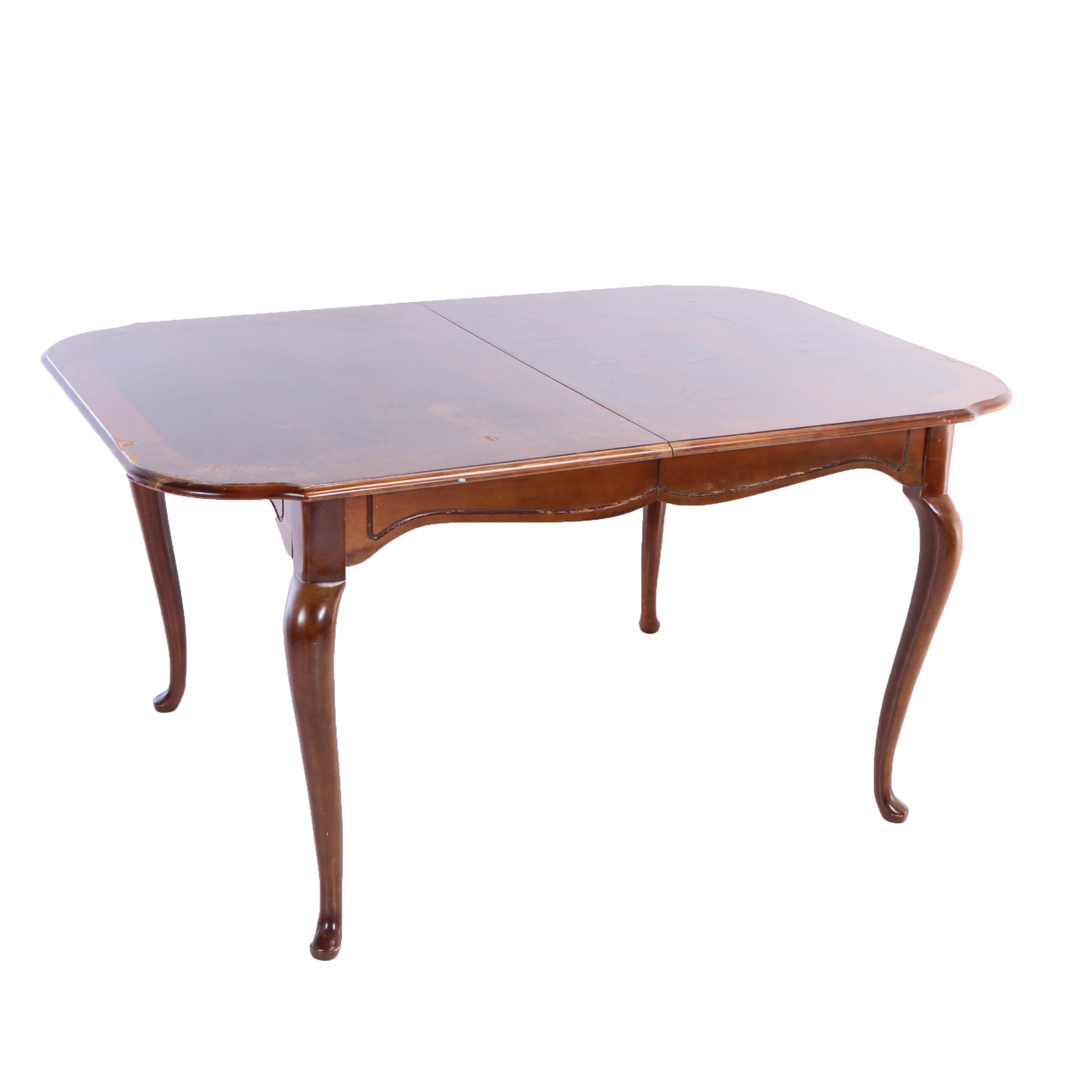 Queen Anne Style Extending Dining Table, 20th Century
