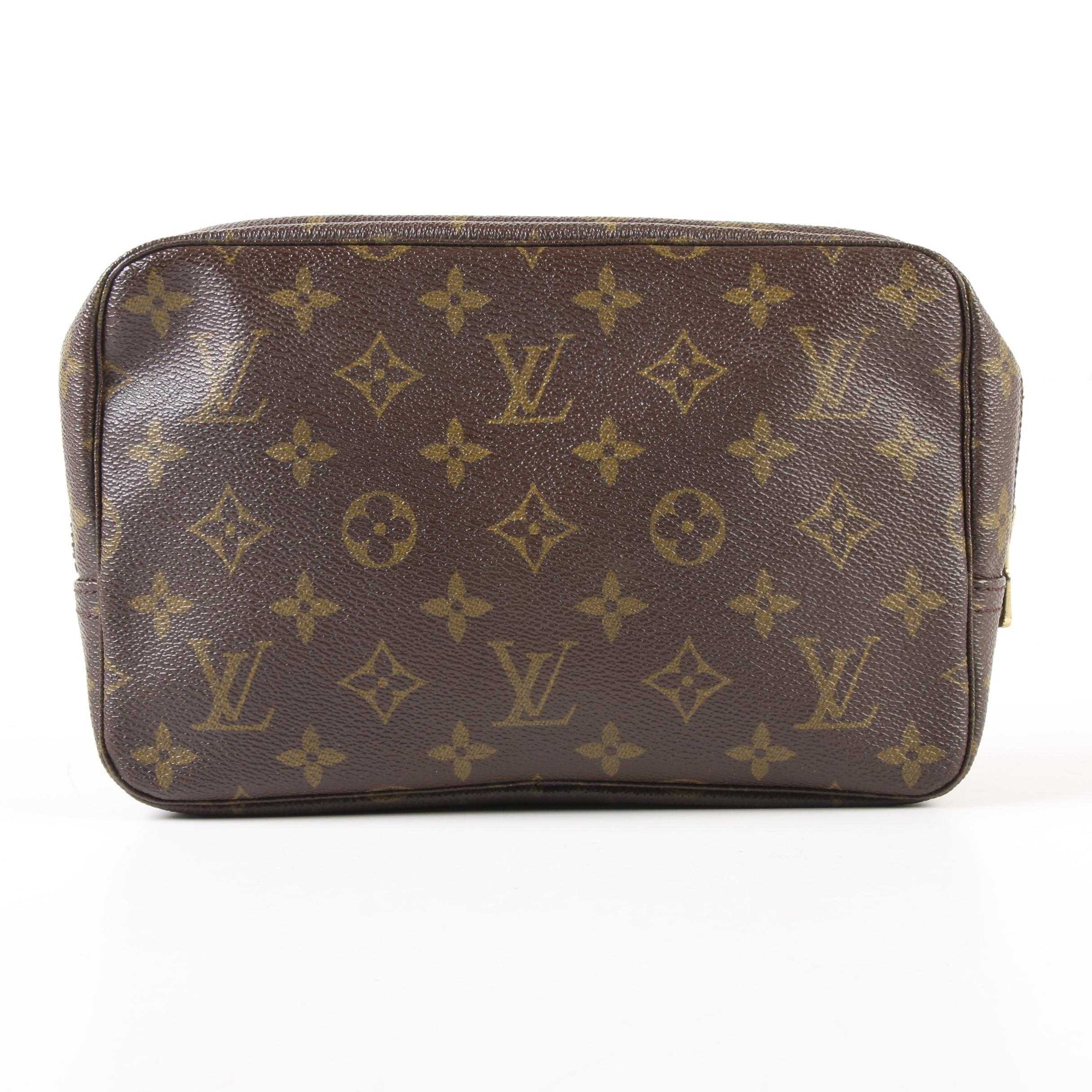 Louis Vuitton Paris Trousse Toilette 23 Cosmetic Bag in Monogram Canvas
