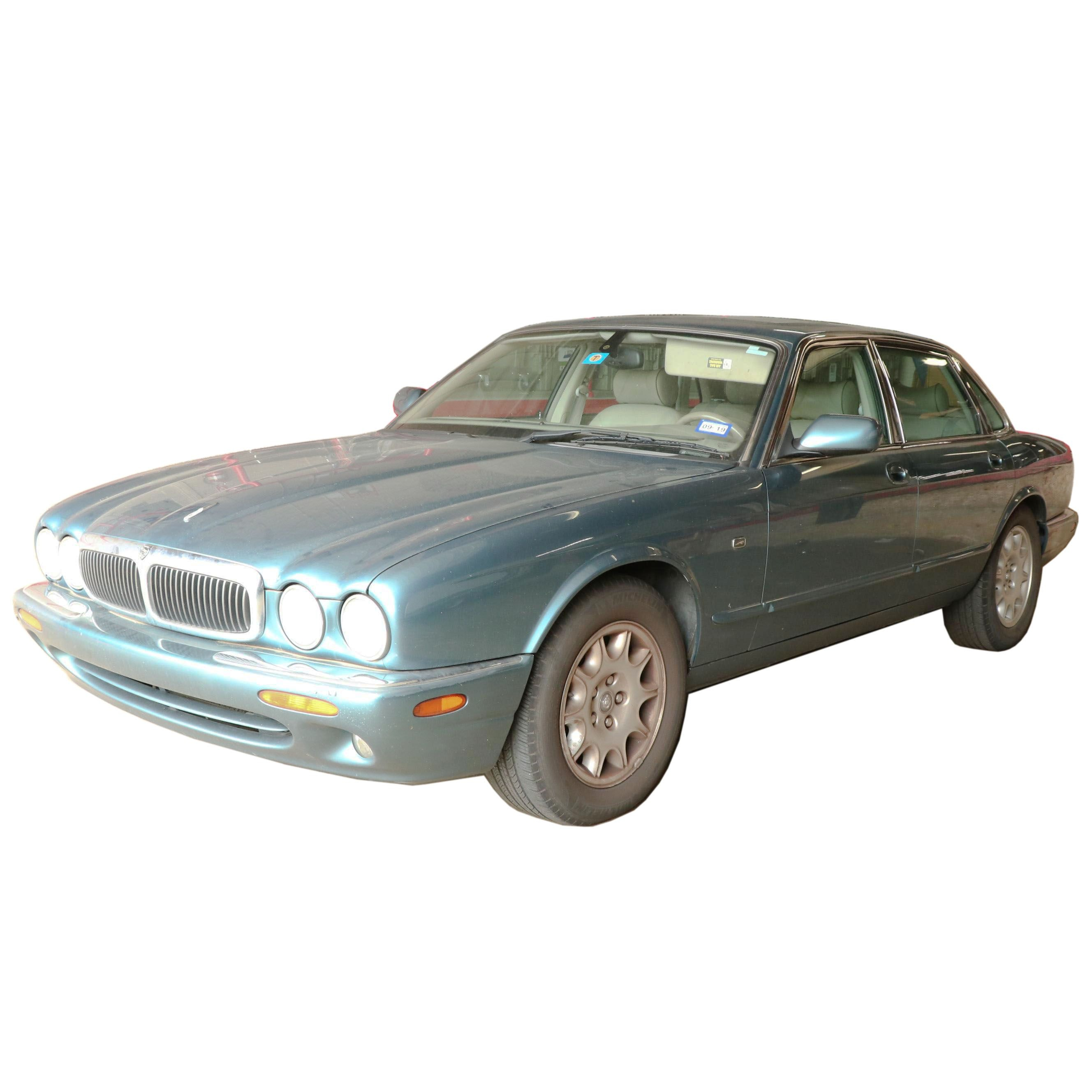 2000 Jaguar XJ8 Four-Door Sedan