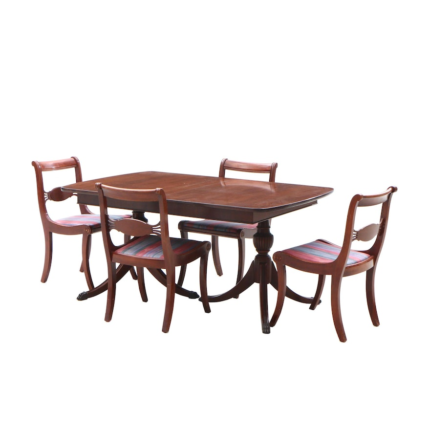 Admirable Duncan Phyfe Style Mahogany Dining Table And Four Chairs Circa 1940 Home Interior And Landscaping Ologienasavecom