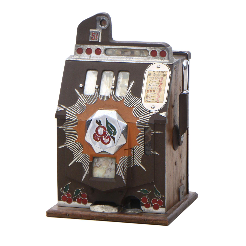 Gold Award Slot Machine by Mills Novelty Company, Circa 1930s