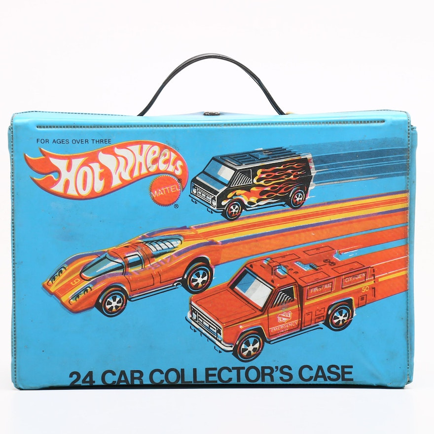 Hot Wheels Case with 24 Car Collection 1970