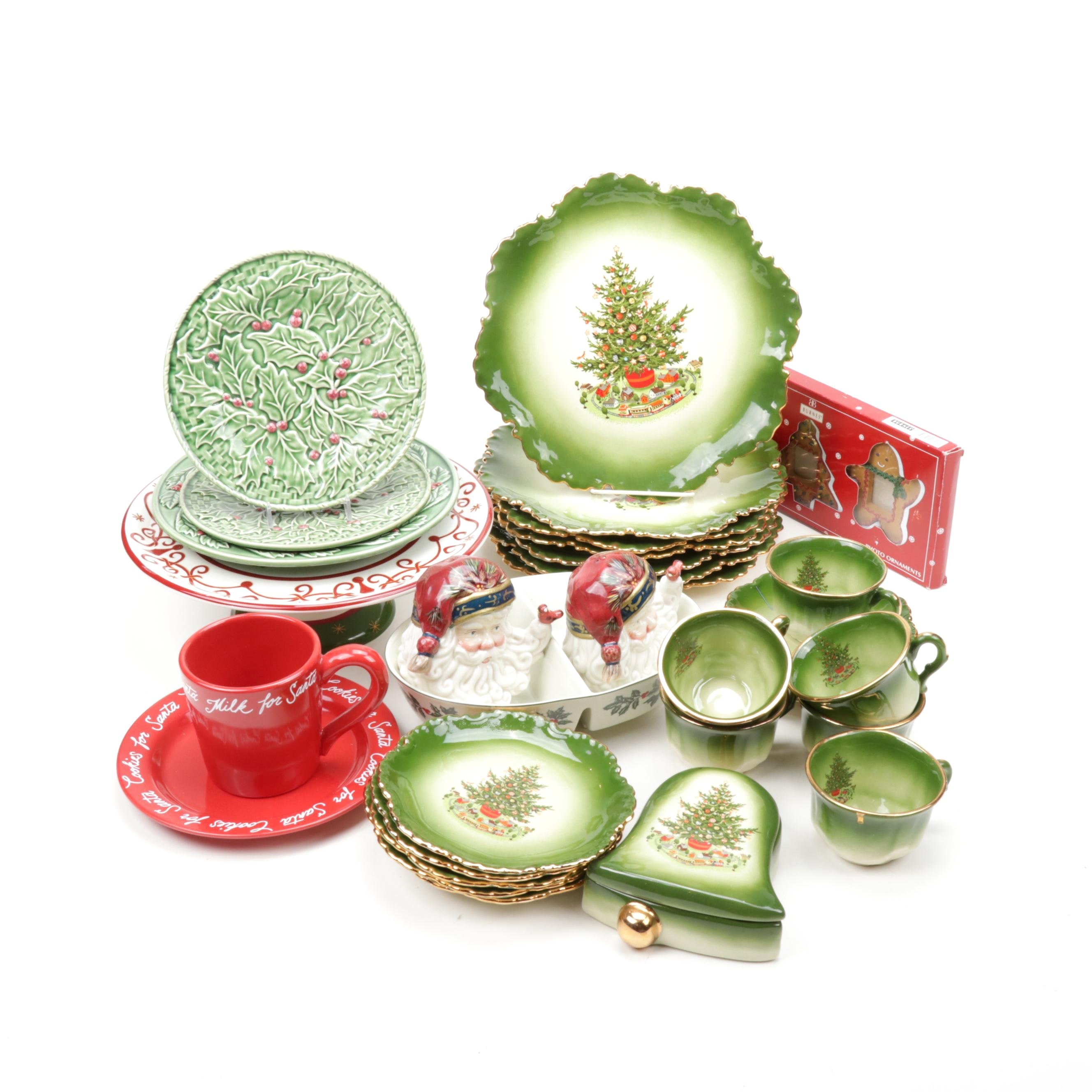 Christmas Tableware and Serveware, Vintage and Contemporary