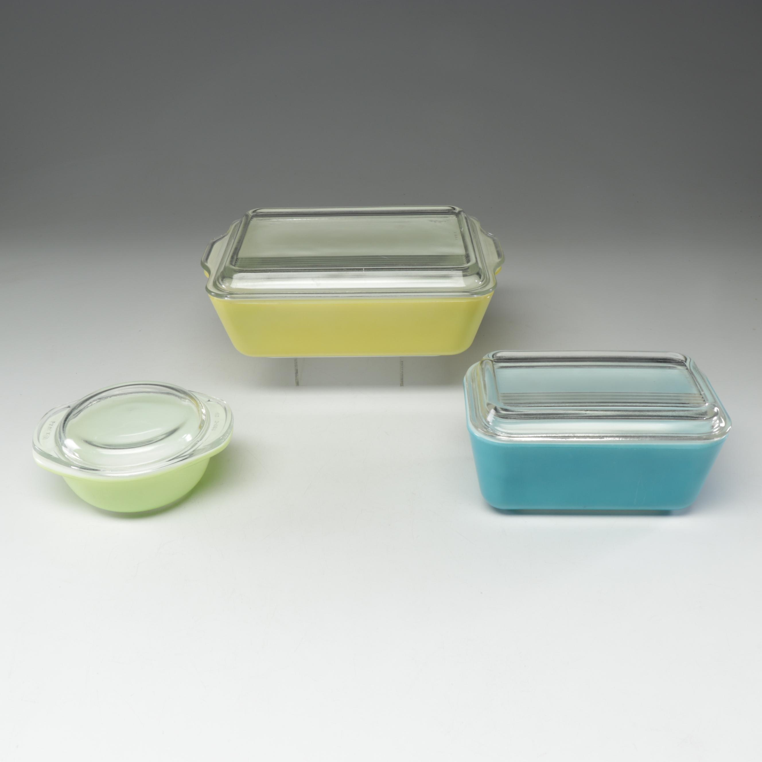 Mid-Century Pyrex Lidded Refrigerator Containers