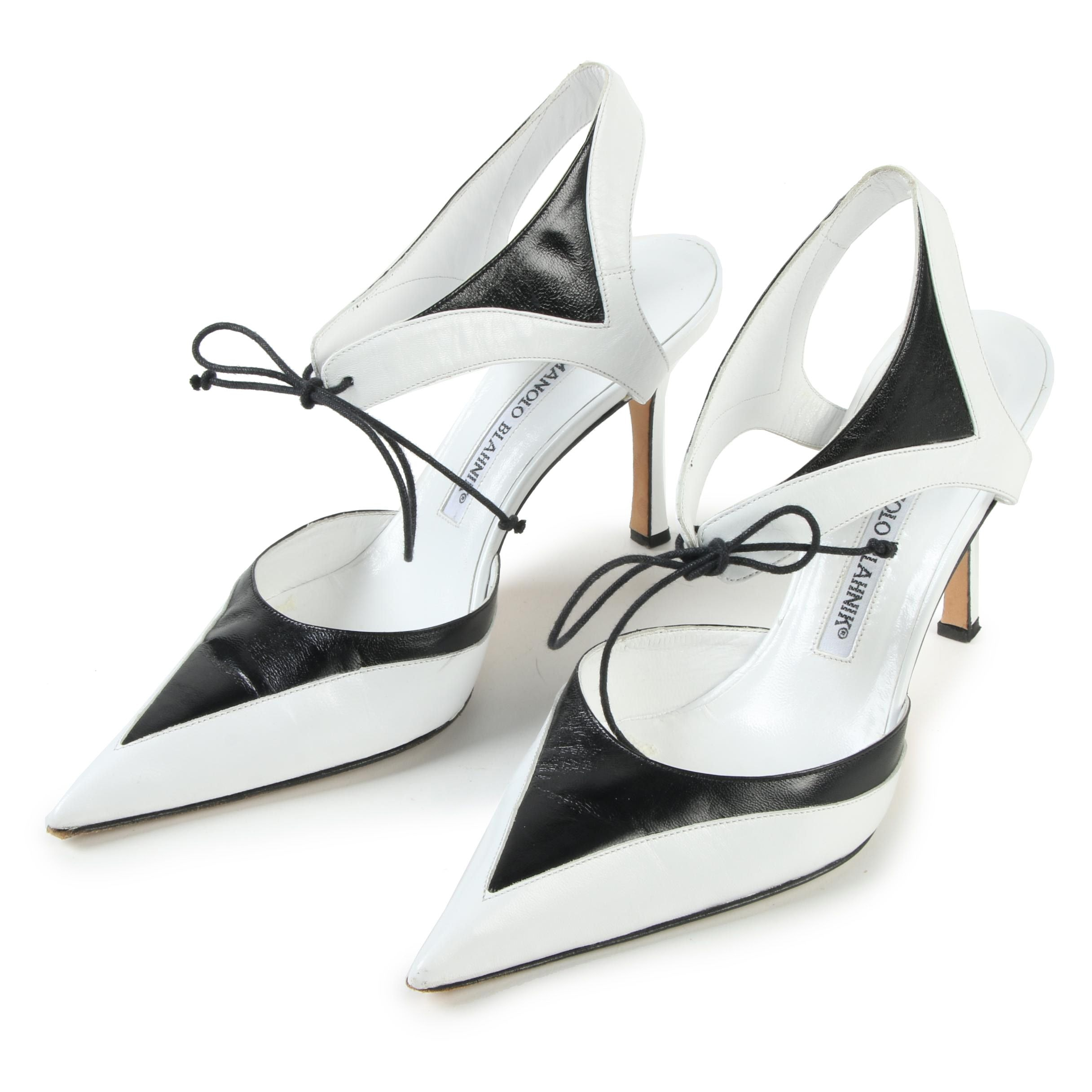 Manolo Blahnik White and Black Leather Colorblock Pointed Toe Heels