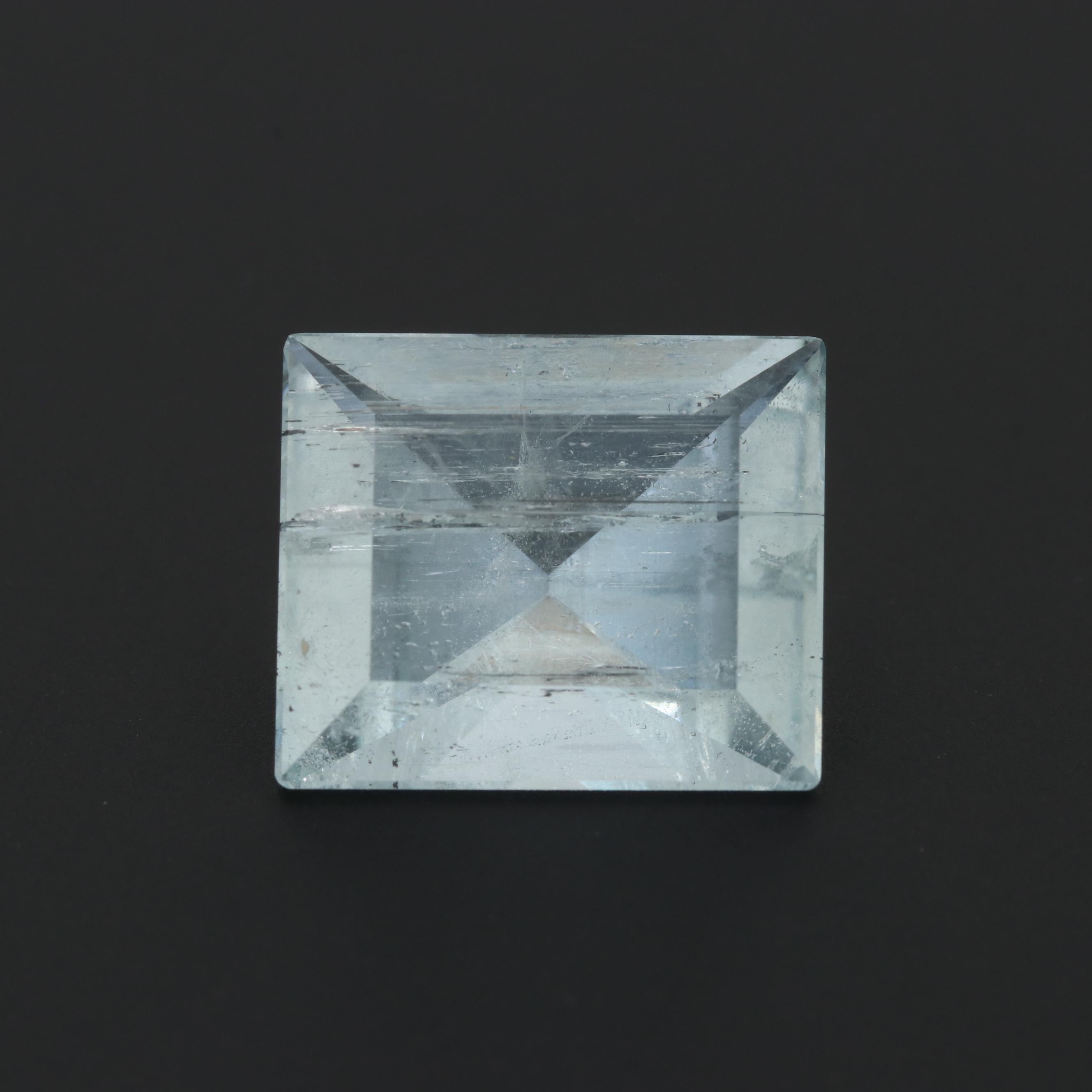 Loose 6.87 CT Aquamarine Gemstone