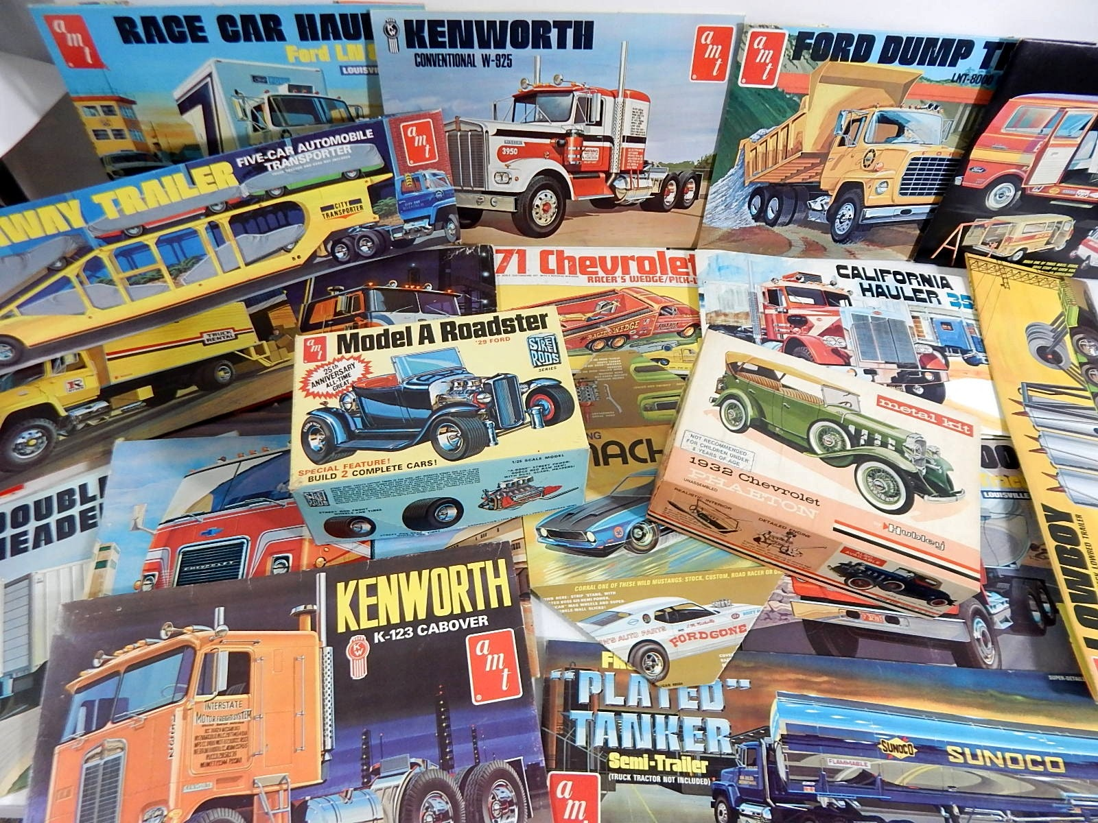 1960s/1970s Model Car Box Lids and Two Car Model Kits
