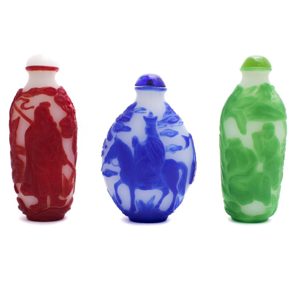 Chinese Peking Cameo Glass Snuff Bottles