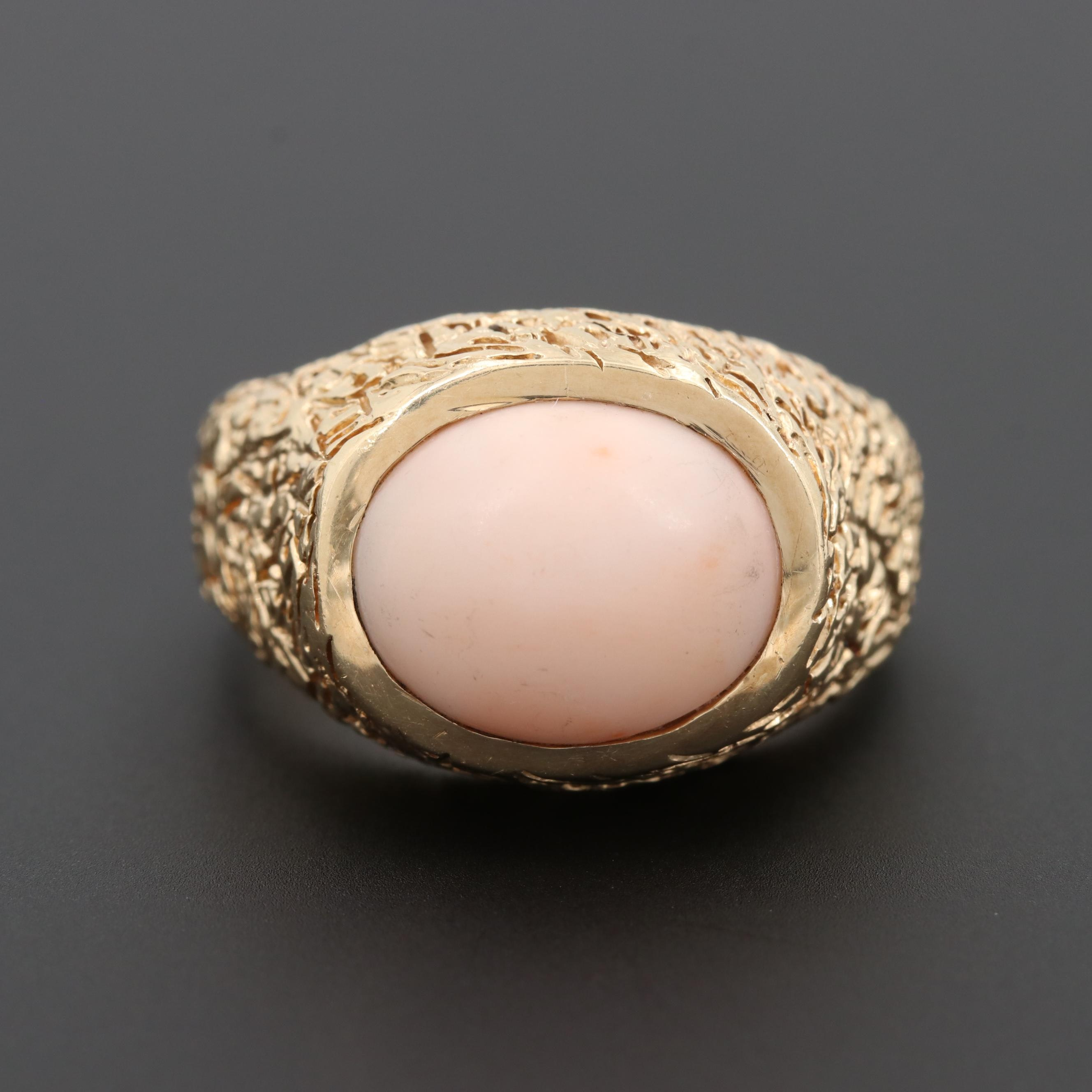 Vintage 14K Yellow Gold Coral Ring in Textured Setting