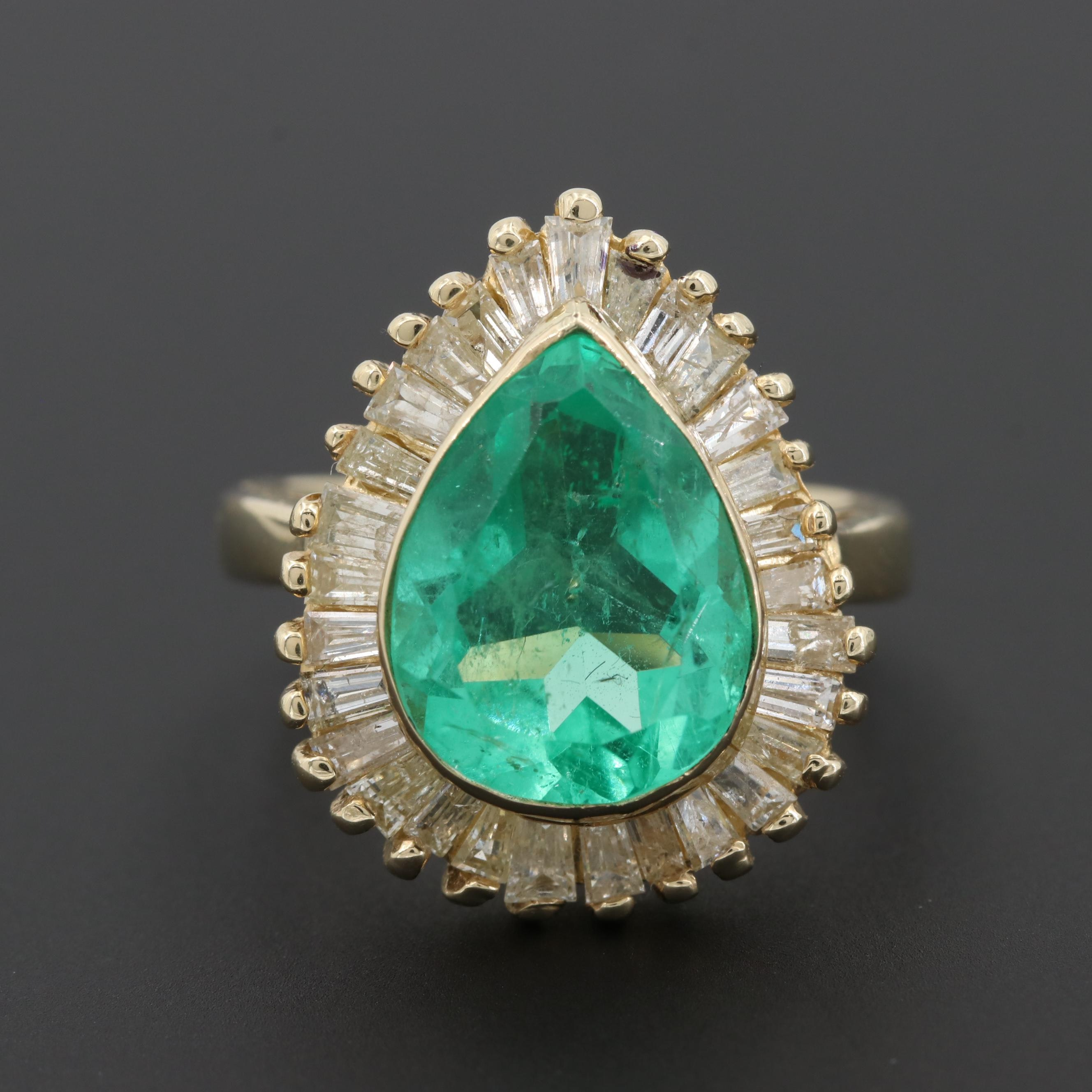 Vintage 14K Yellow Gold 3.59 CT Emerald and 1.07 CTW Diamond Ballerina Ring