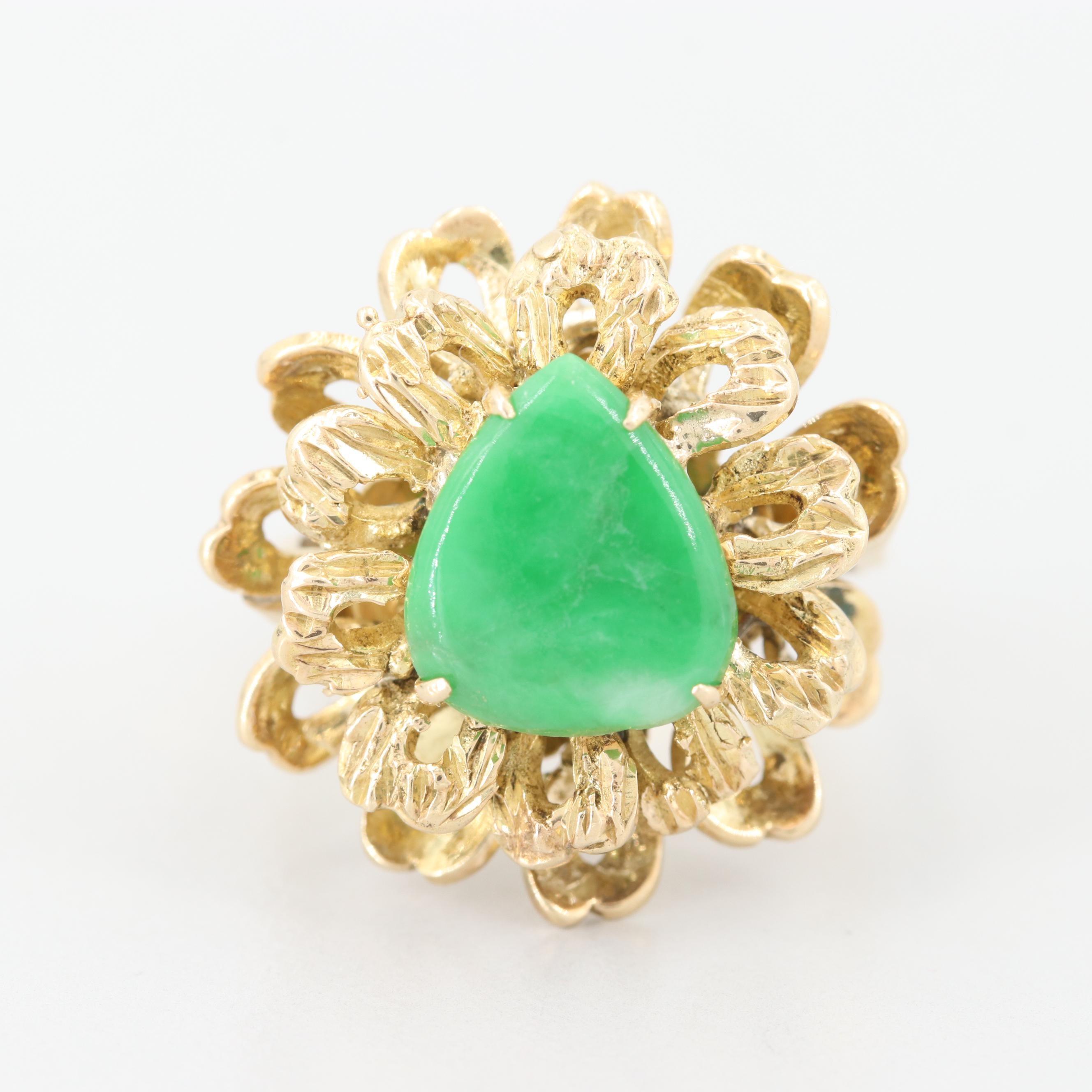 14K Yellow Gold Jadeite Floral Motif Ring