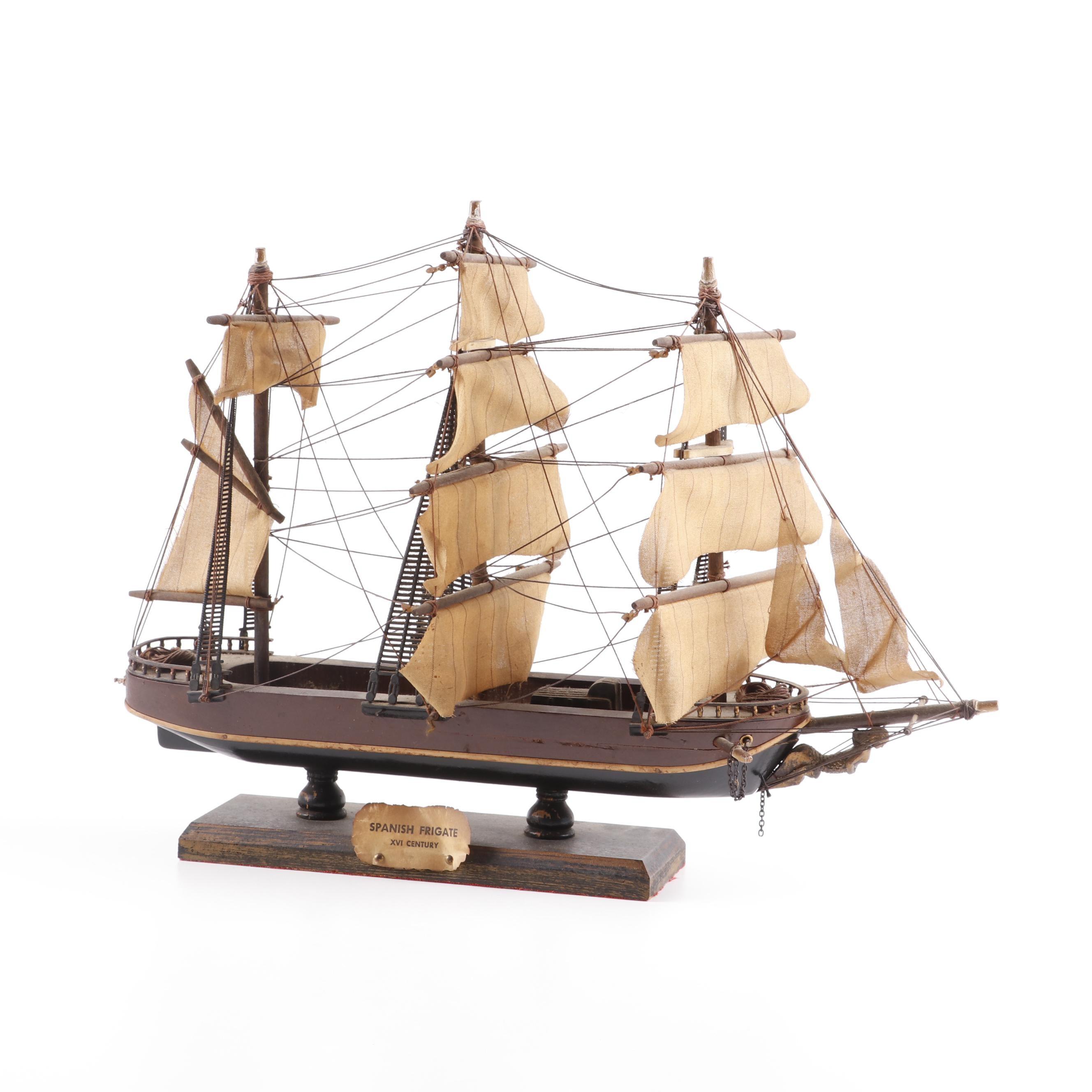 "Wooden Model Ship ""Spanish Frigate XVI Century"""