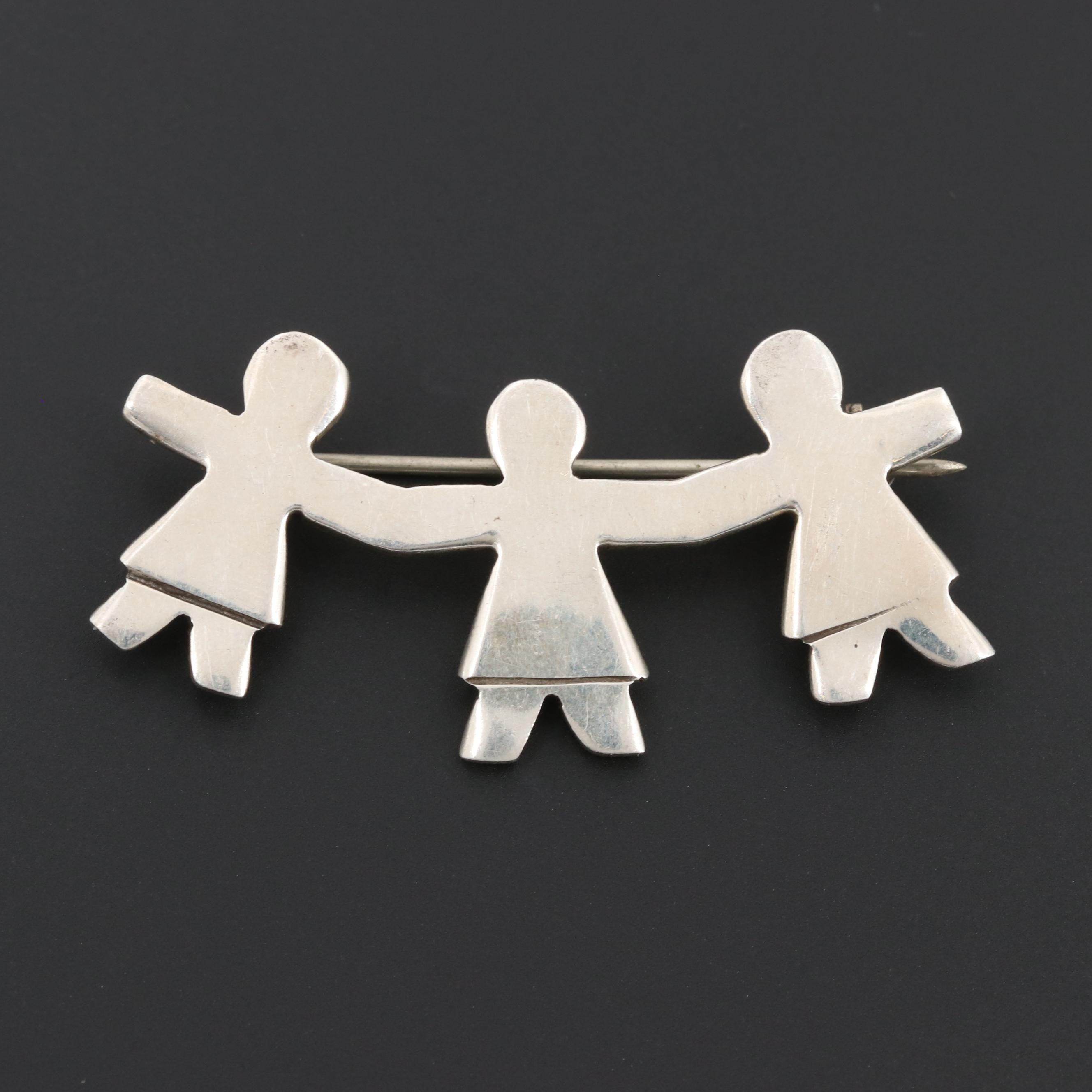Mexican Sterling Silver Figural Brooch Depicting Children Holding Hands