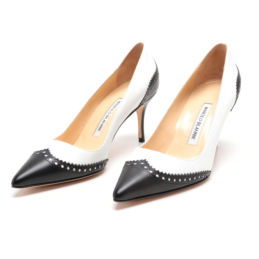7239287a83 Manolo Blahnik White and Black Leather Wingtip Spectator Pumps | EBTH