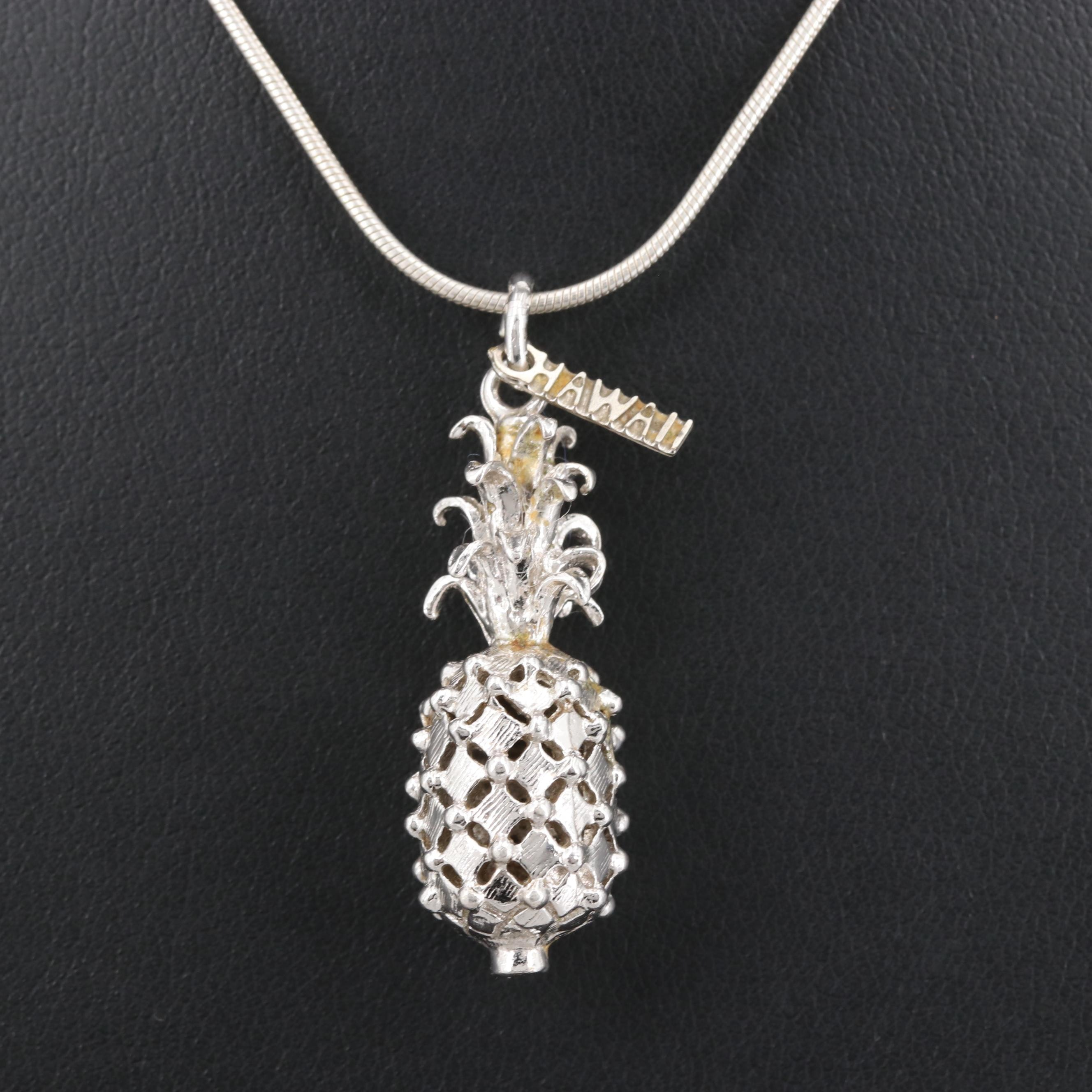 Sterling Silver Hawaiian Pineapple Pendant Necklace