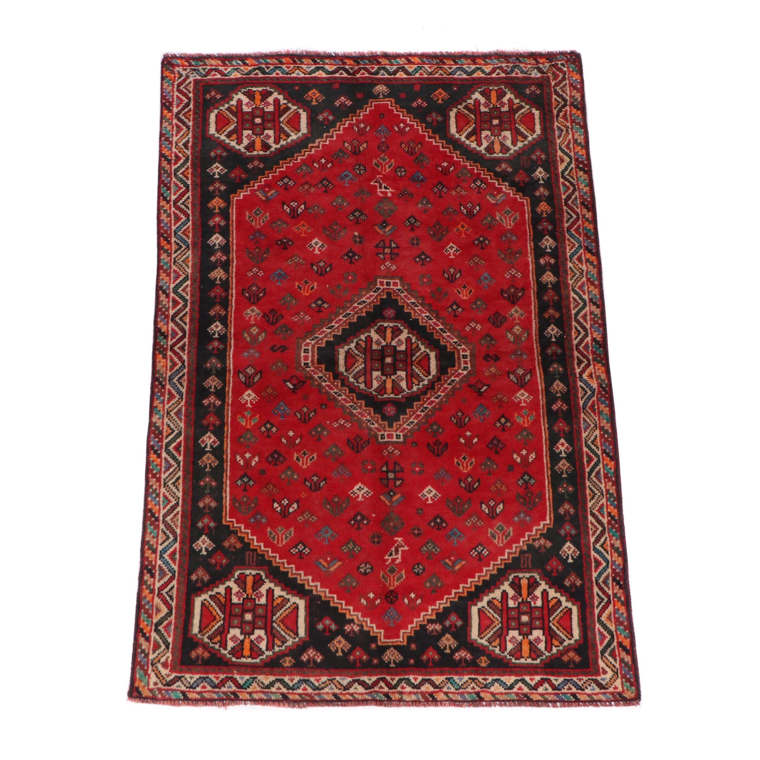 Hand-Knotted Qashqai Shiraz Wool Rug