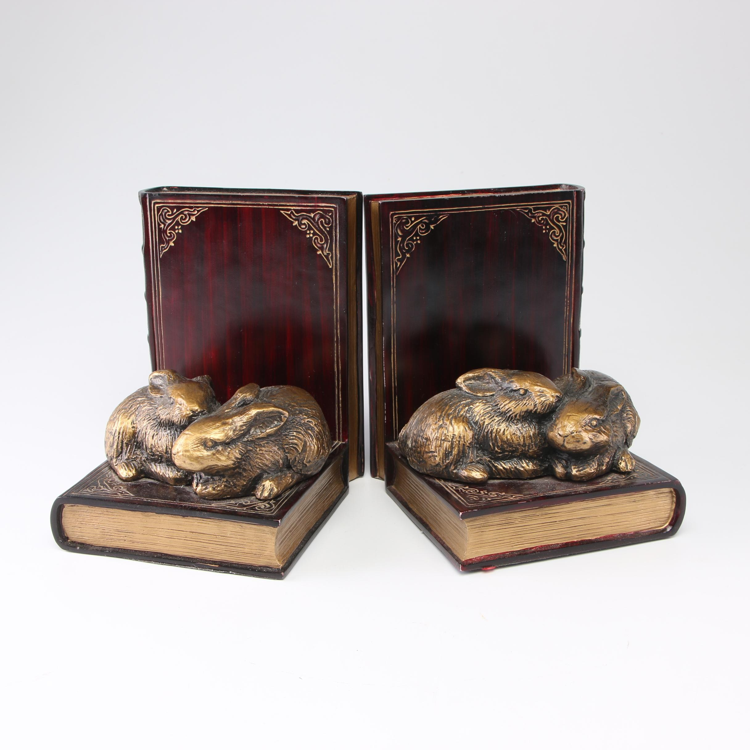 "Rabbit and ""Hamlet"" Bookends"