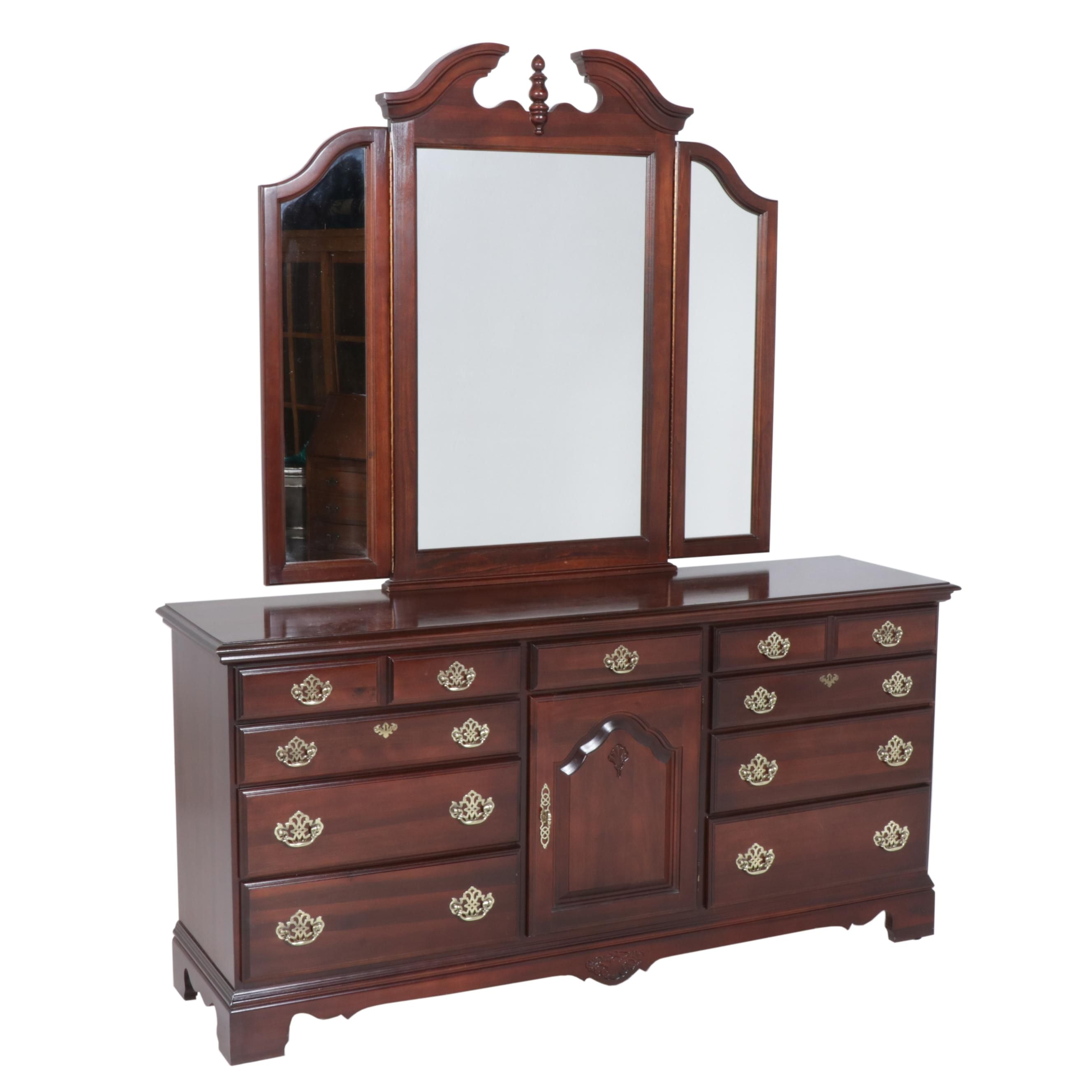 Contemporary Kincaid Mahogany-Finish Federal Style Chest of Drawers with Mirror