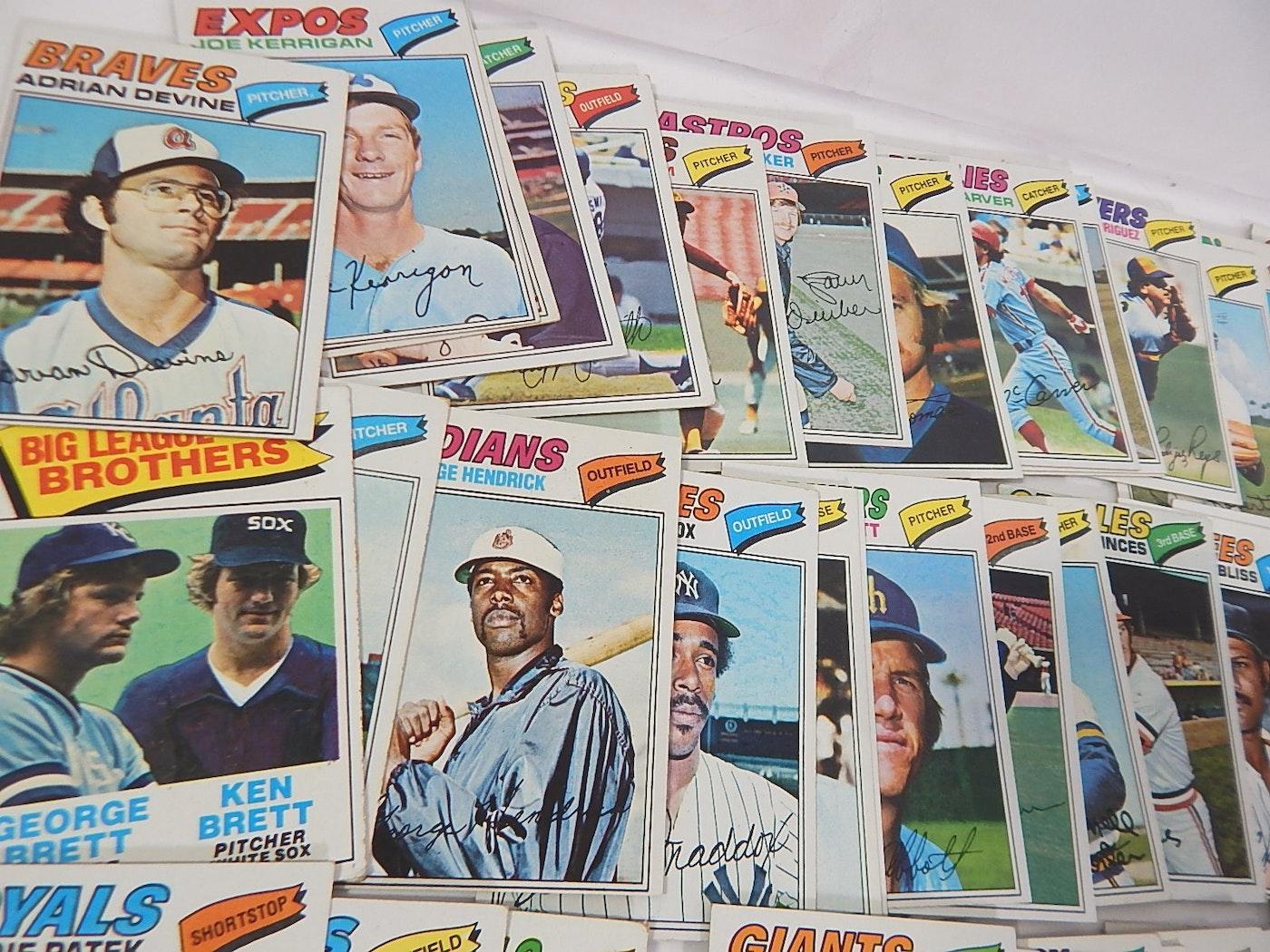 1977 Topps Baseball Cards With B. Robinson, N.Ryan, G
