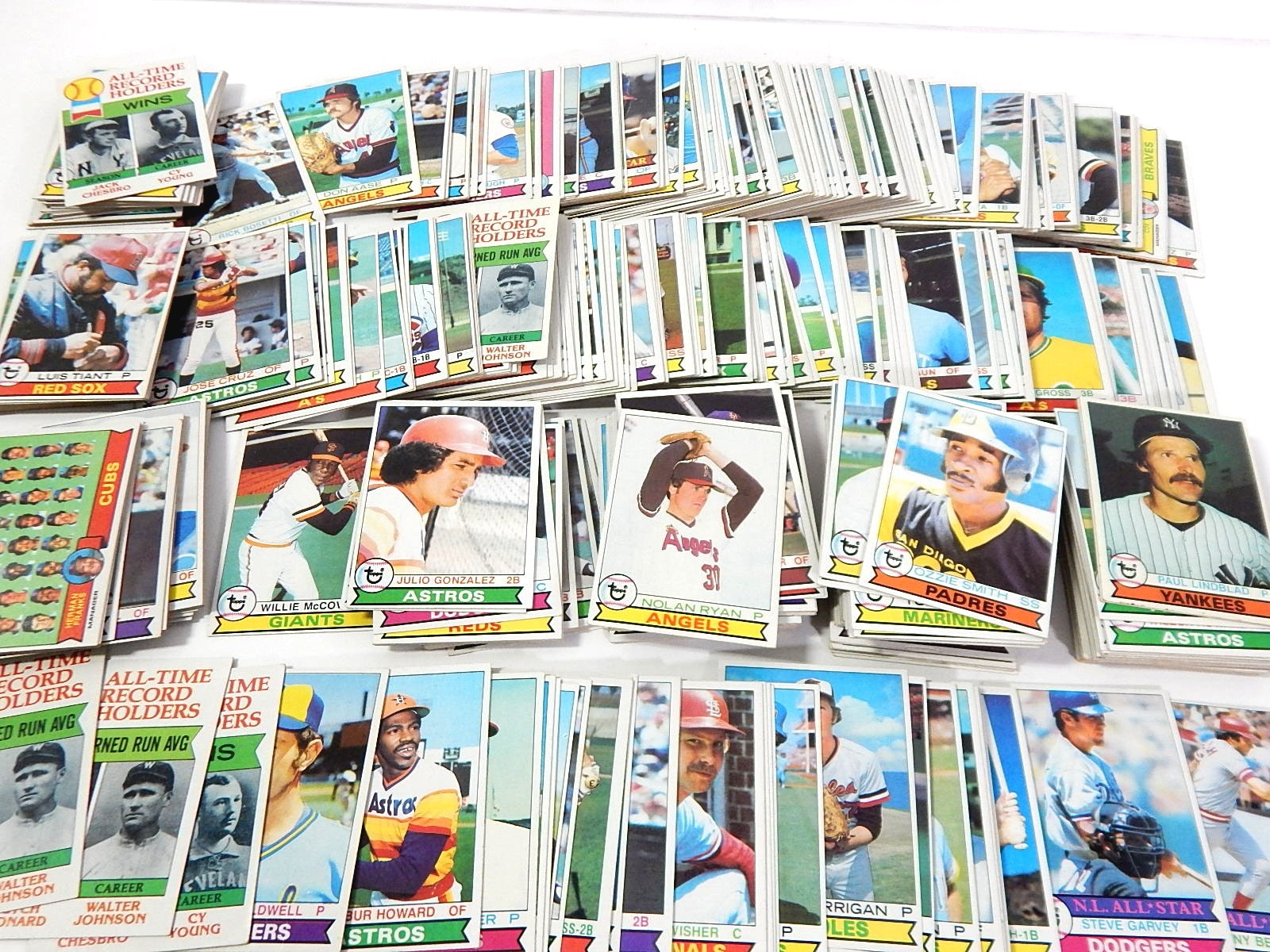 1979 Topps Baseball Cards with N. Ryan, Ozzie Smith Rookie, Bench - Over 300 Ct.