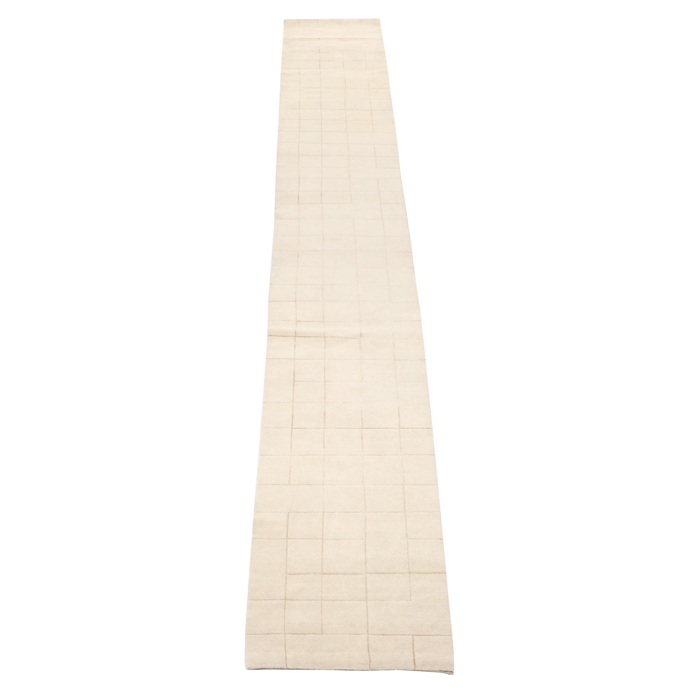 Hand-Knotted Warp & Weft Nepalese Bamboo Silk Carpet Runner