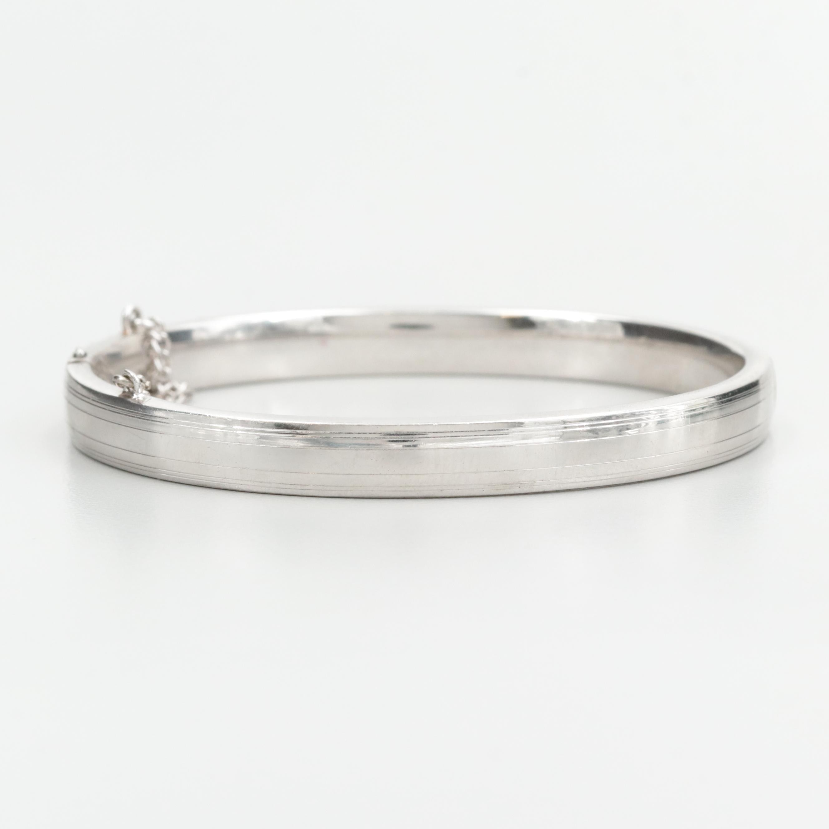 Silver Tone Hinged Bangle Bracelet