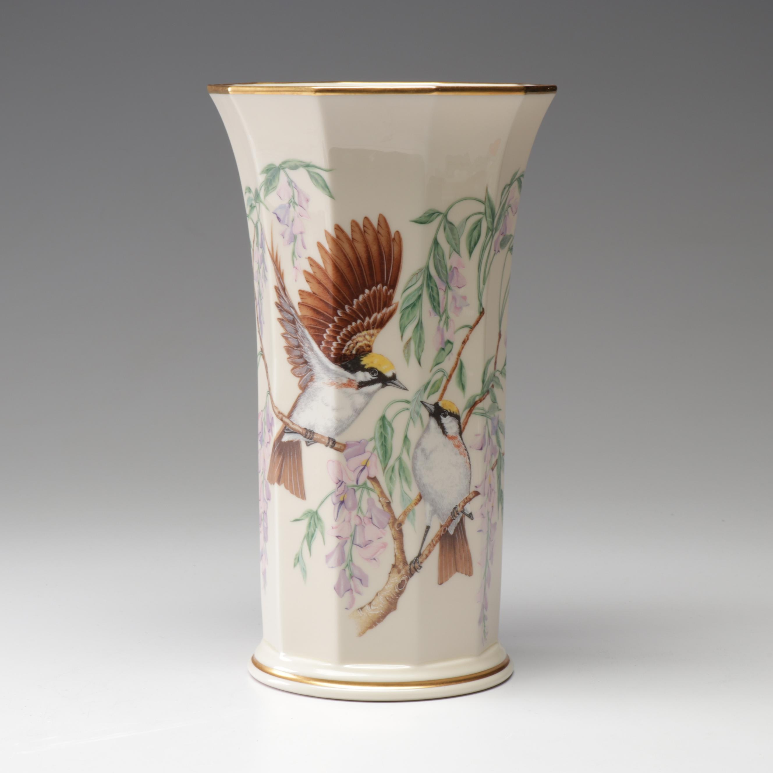 "Lenox ""Jefferson Vase"" from the Presidential Garden Vase Collection"