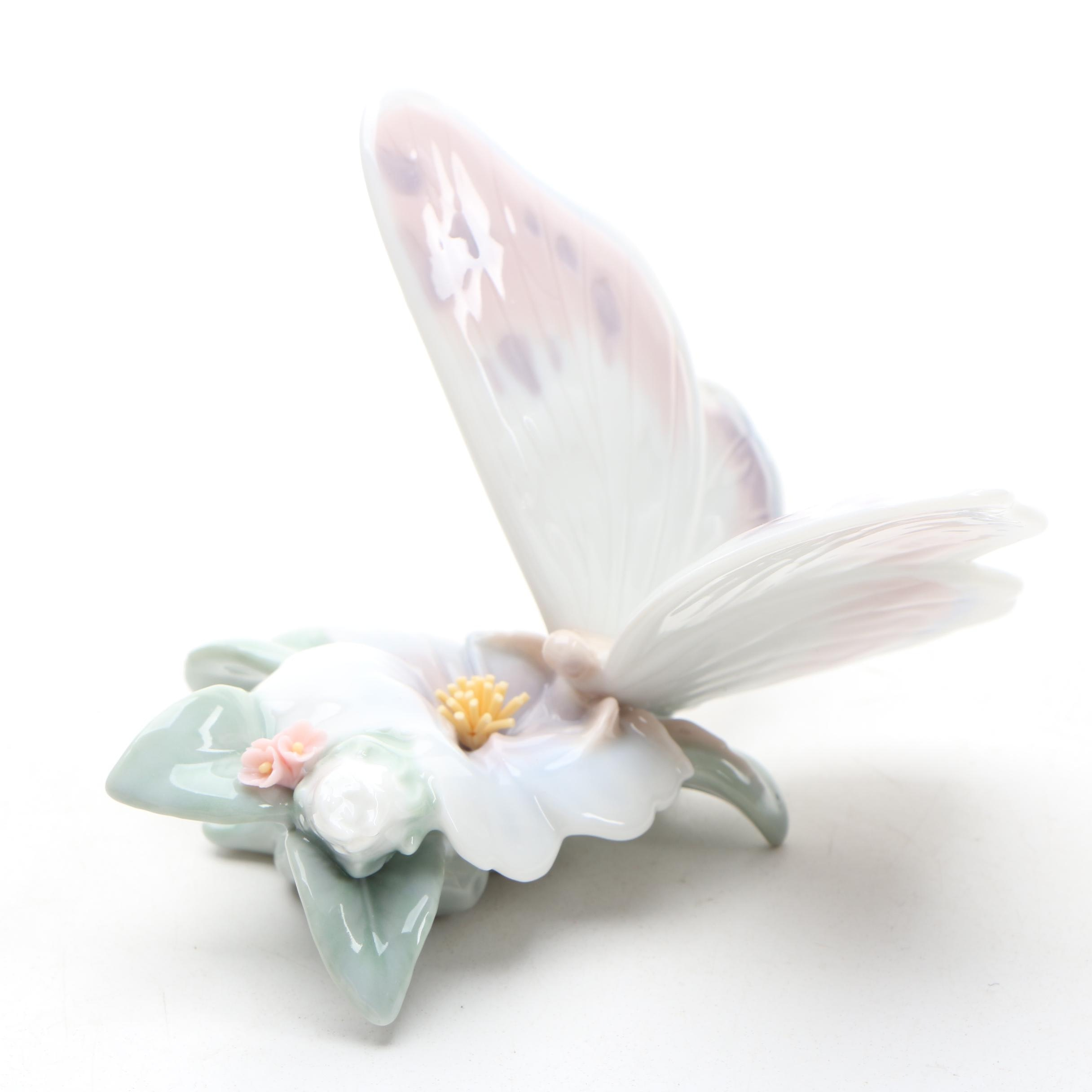 """Lladró """" Refreshing Pause"""" Butterfly Porcelain Figurine"""