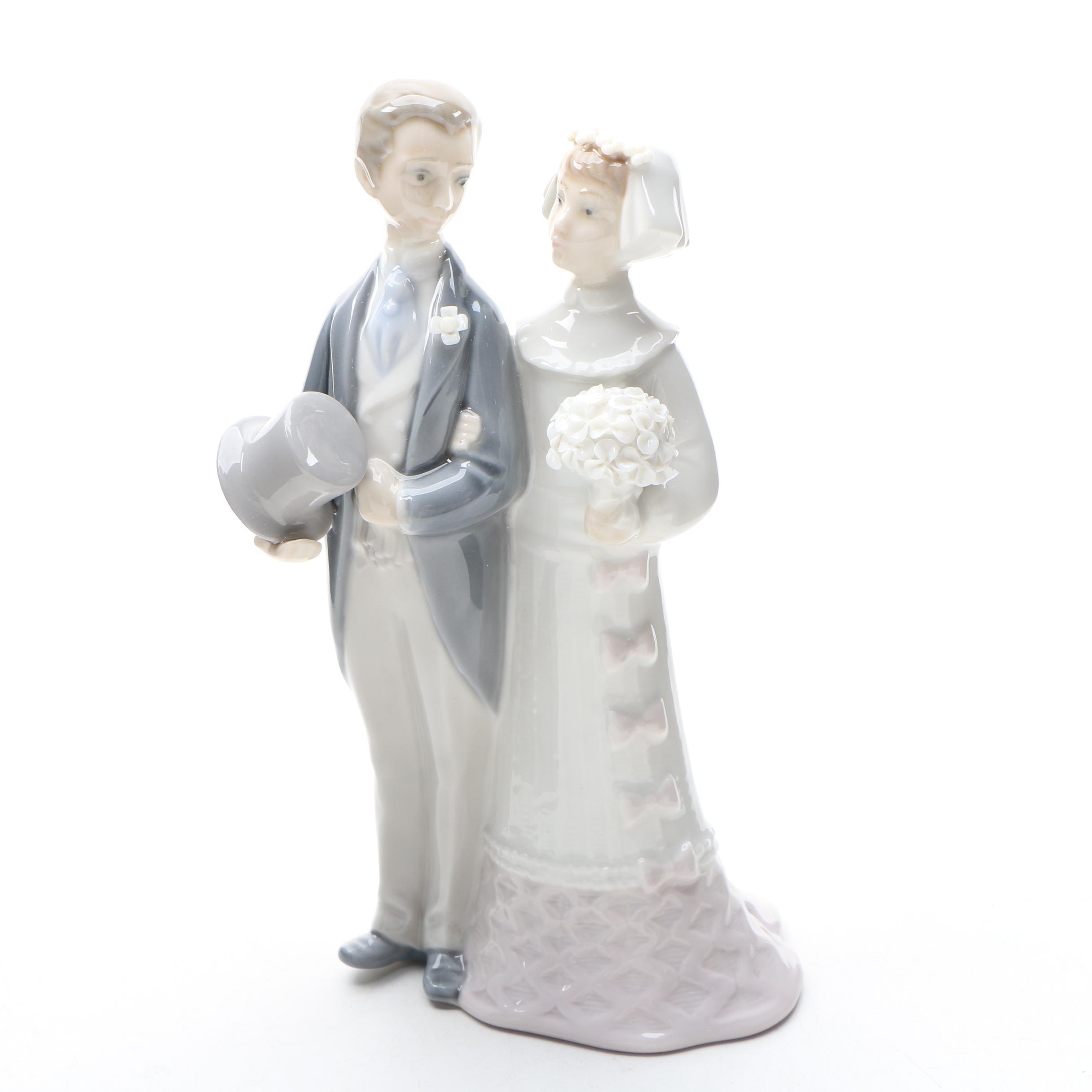 "Lladró ""Wedding"" Porcelain Figurine, Circa 1980"