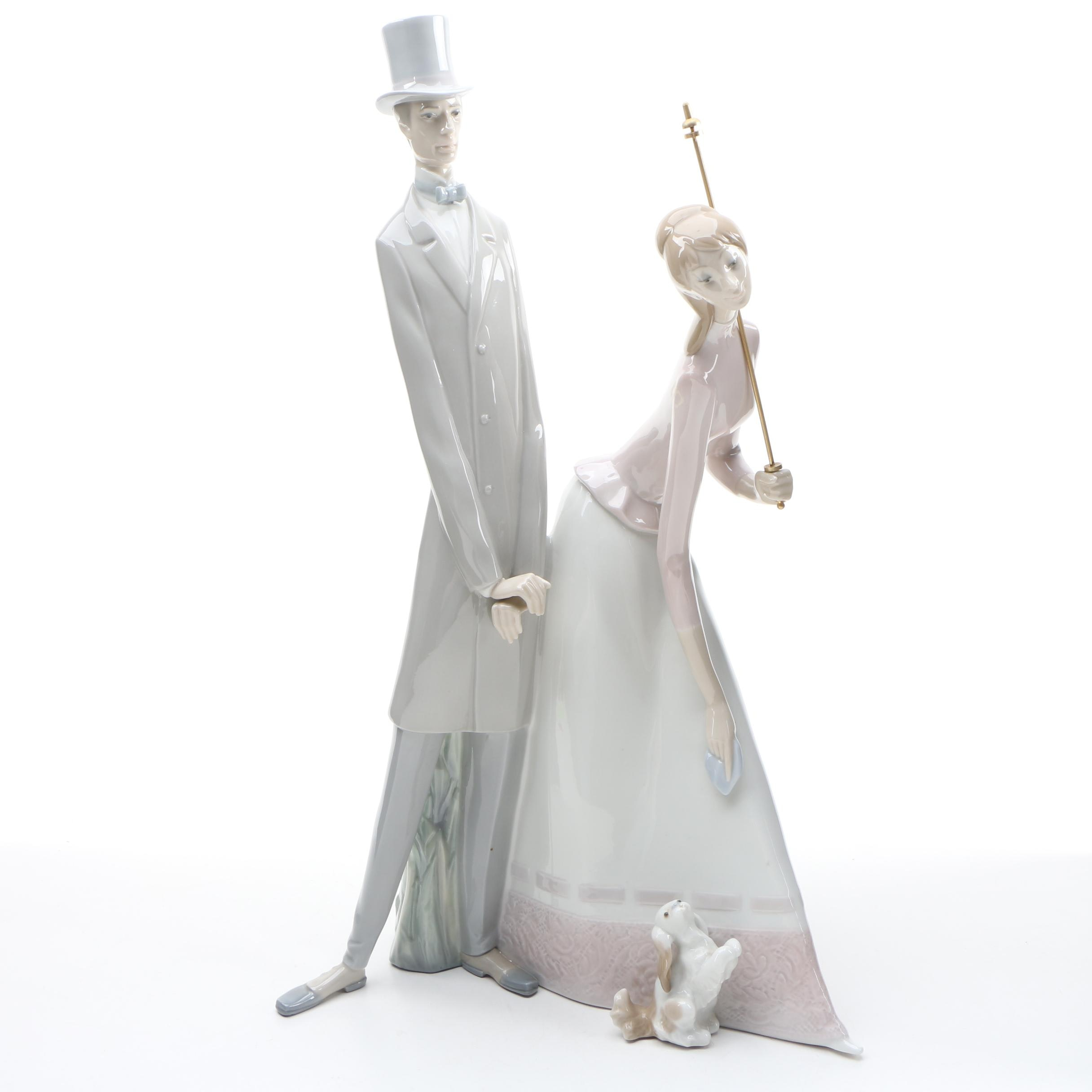 "Lladró ""Couple with Parasol"" Retired Porcelain Figurine, Late 20th Century"