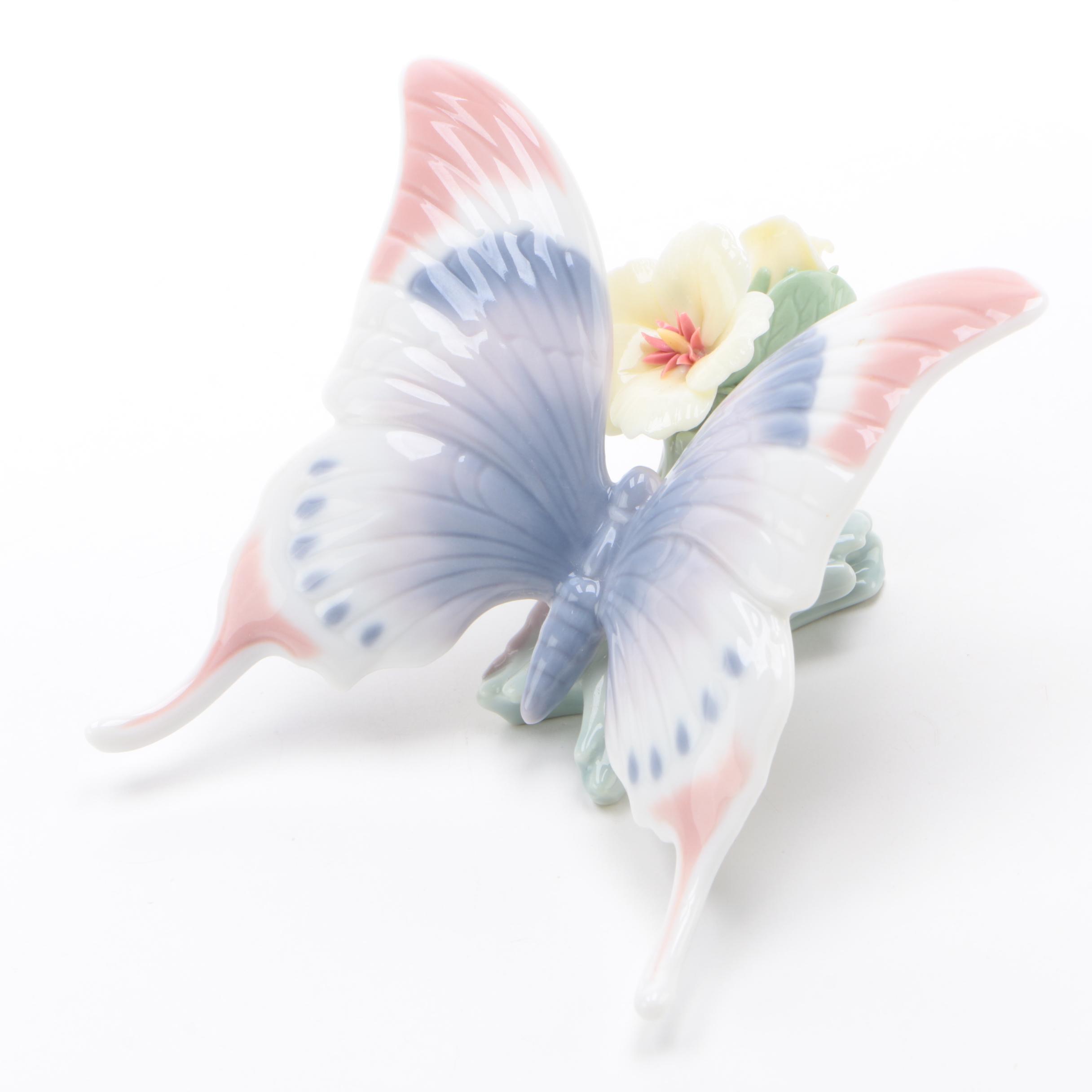 """Lladró """"A Moment's Rest"""" Porcelain Figurine, 1990s"""
