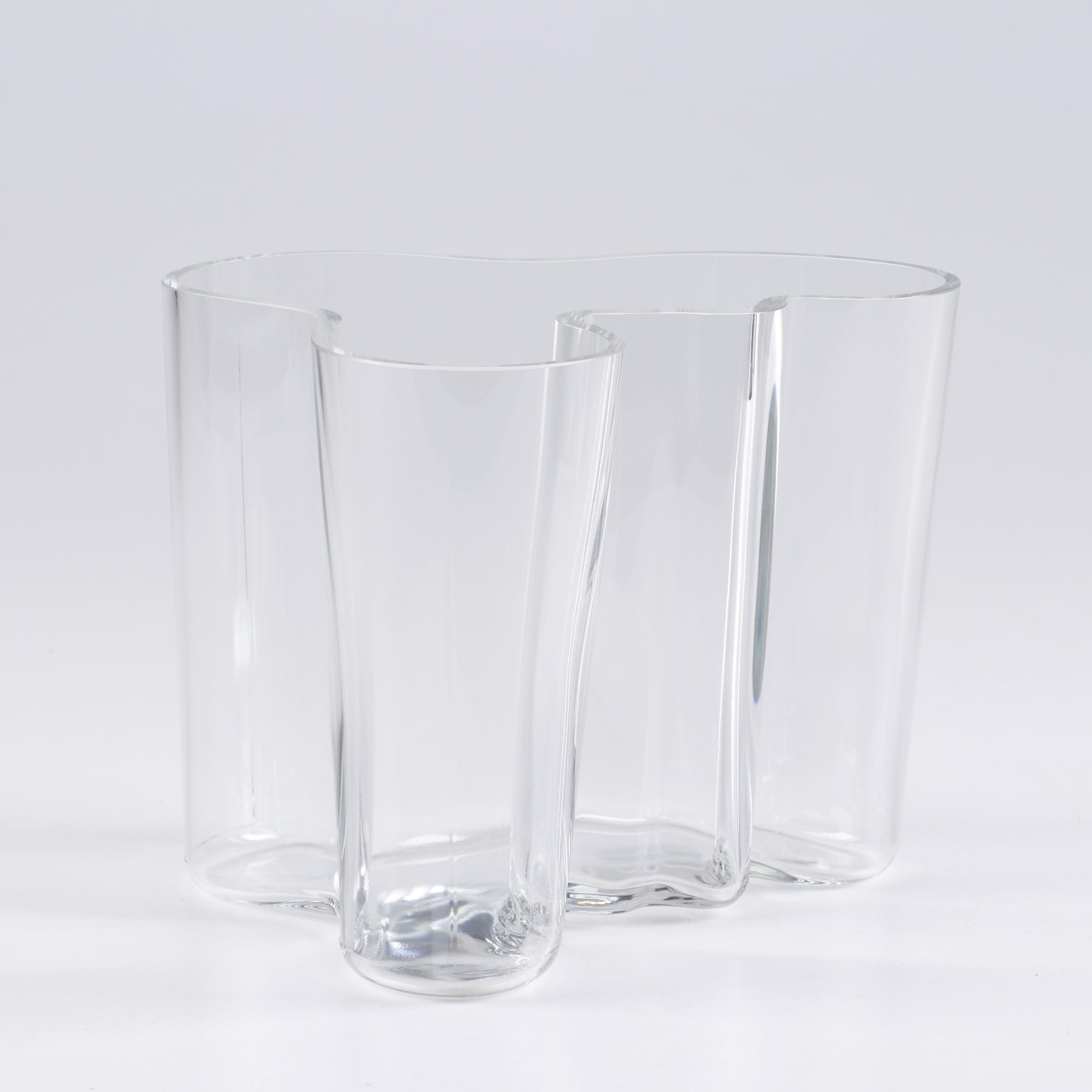 Alvar Aalto Wavy Glass Vase, Mid 20th Century