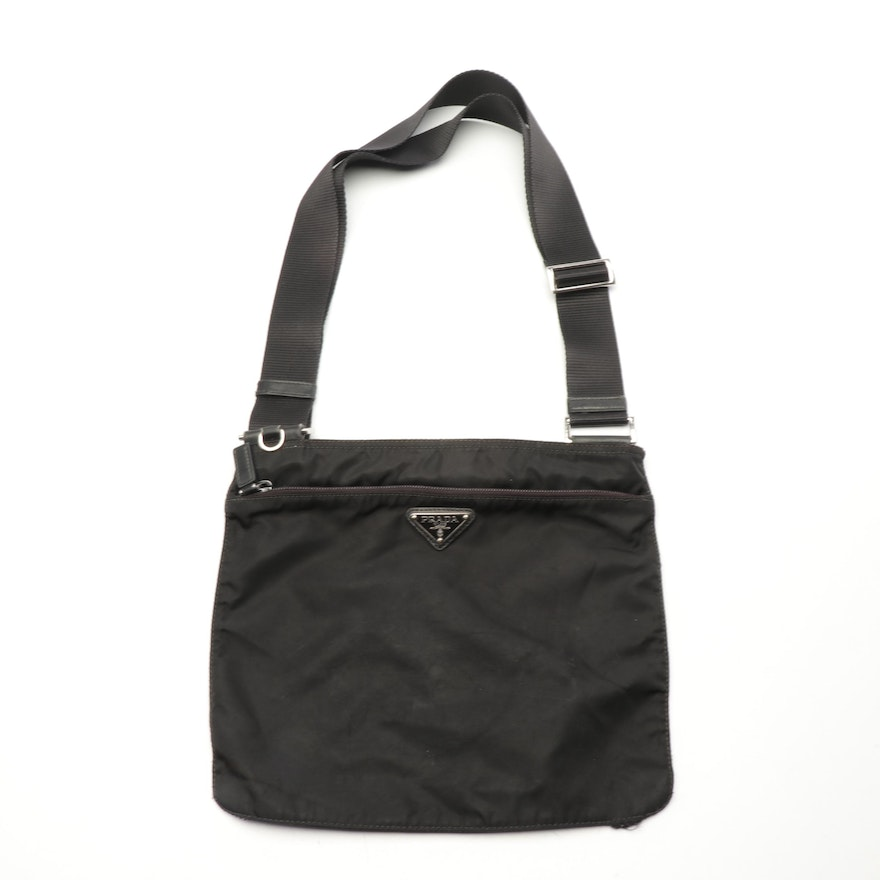 249d45abefca5e Prada Black Tessuto Nylon Crossbody Bag | EBTH
