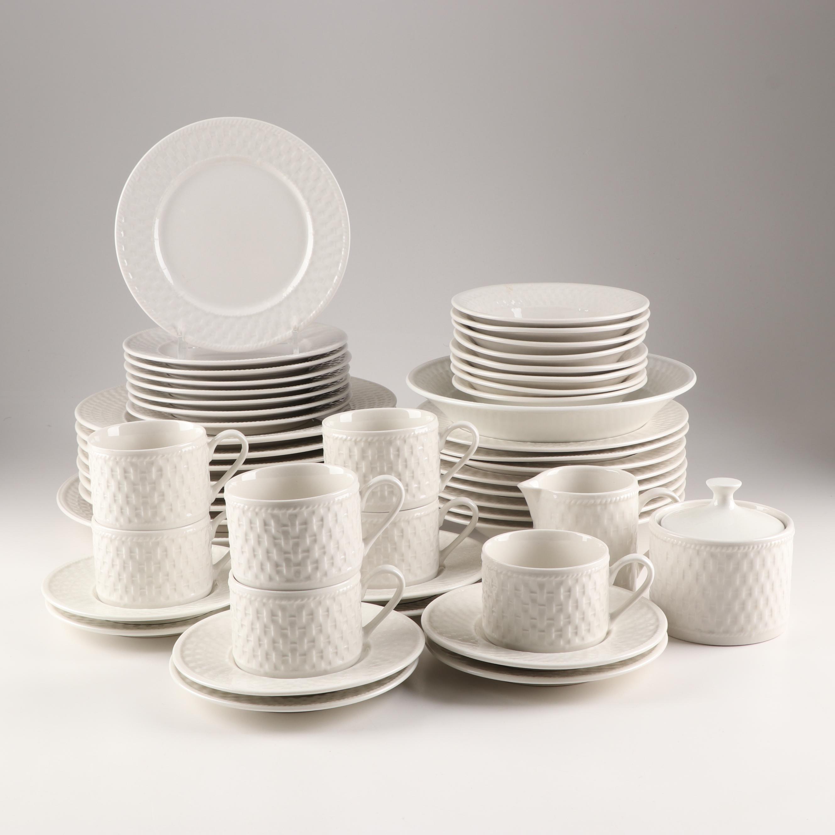 "Oneida ""Basketweave"" Dinnerware Service"