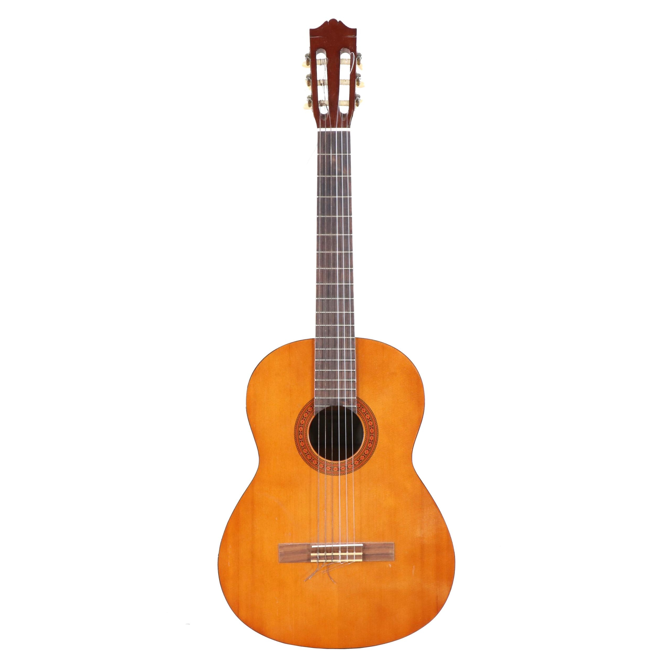 Yamaha C-40 Classical Acoustic Guitar in Natural Finish