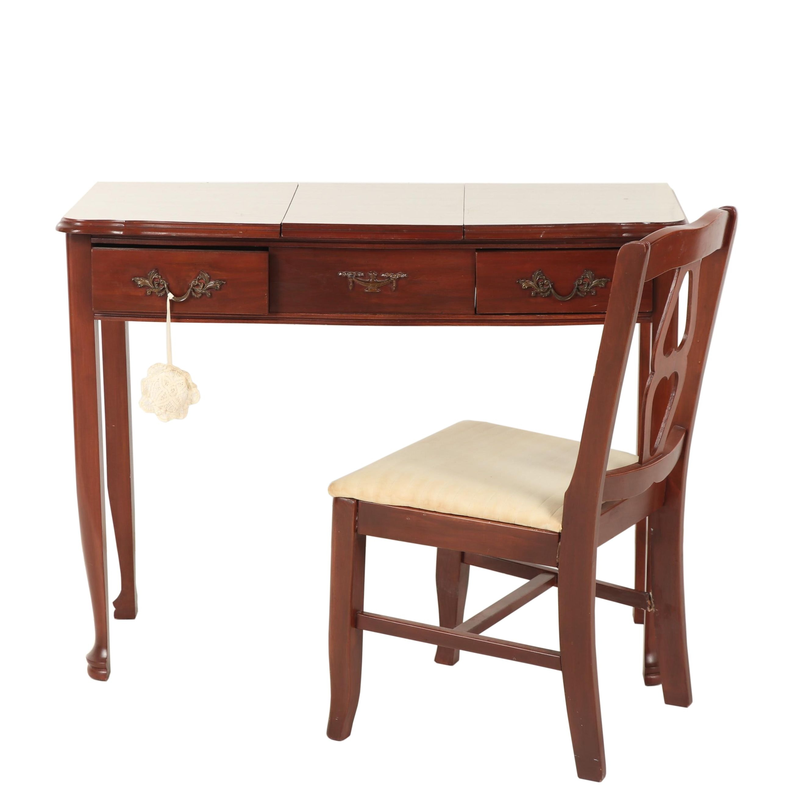 Federal Style Mahogany-Finish Side Chair, Mid-20th Century