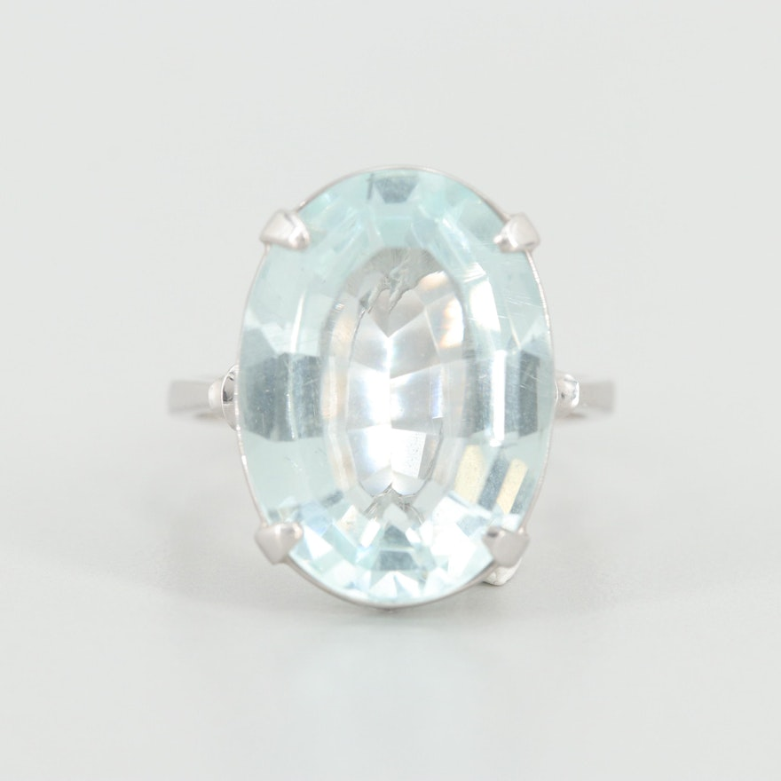 18K White Gold 8.11 CT Aquamarine Ring