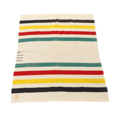 Hudson Bay Point Wool Blanket, Mid to Late 20th Century