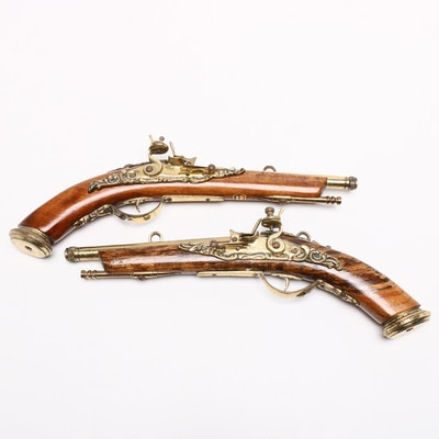 Flintlock Pistol Replica Wall Decor, Contemporary