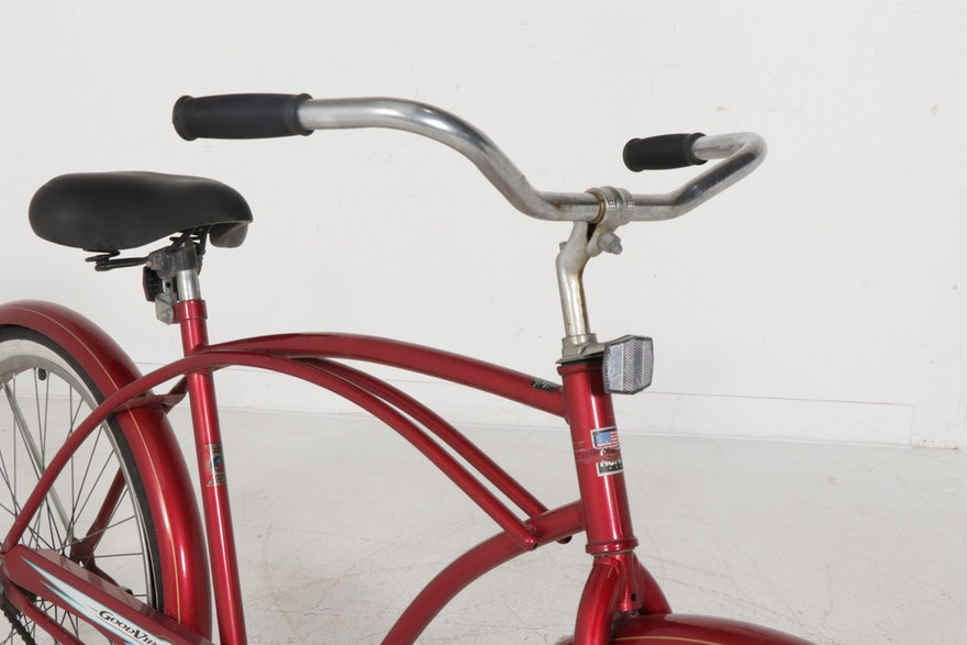 """Huffy """"Good Vibrations Delux"""" Bicycle, Vintage"""