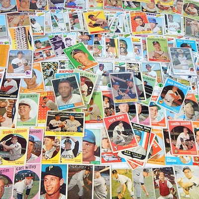 Topps Baseball Card Collection with #418 Mantle/Aaron, 1950s to 1970s