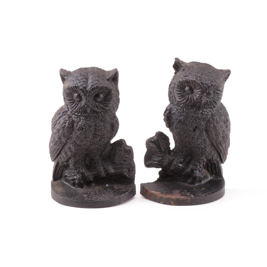 Bahr Bros. Manufacturing Cast Iron Owl Bookends, Circa 1979