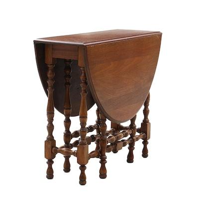 Drop-Leaf Table in Walnut, Vintage