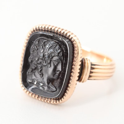 Victorian 10K Yellow Gold Black Onyx Cameo Ring