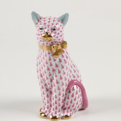 "Herend Raspberry Fishnet with Gold ""Cat with Ribbon"" Porcelain Figurine"