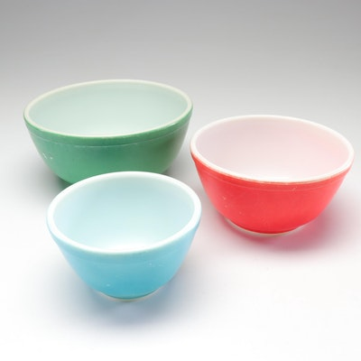"Pyrex ""Primary Colors"" Nesting Bowls"