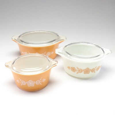 """Mid-Century Pyrex """"Butterfly Gold"""" Casserole Dishes"""