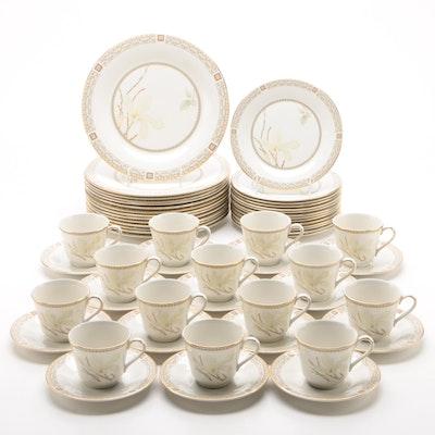 """Royal Doulton """"White Nile"""" Porcelain Dinnerware for Fourteen, 1979 - 1992"""