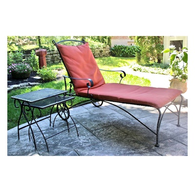 Outdoor Patio Iron Chaise Lounge and Nesting Tables